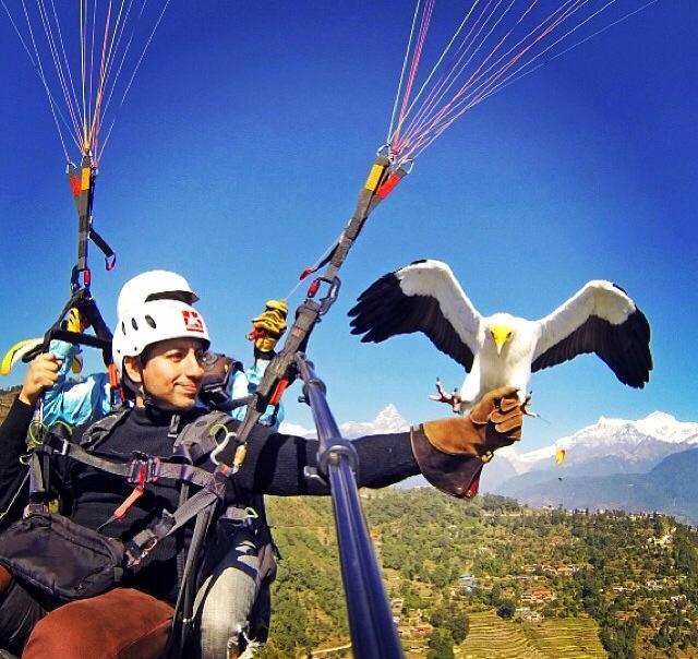 Parahawking in Pokhara Instagram: AlexKruz9