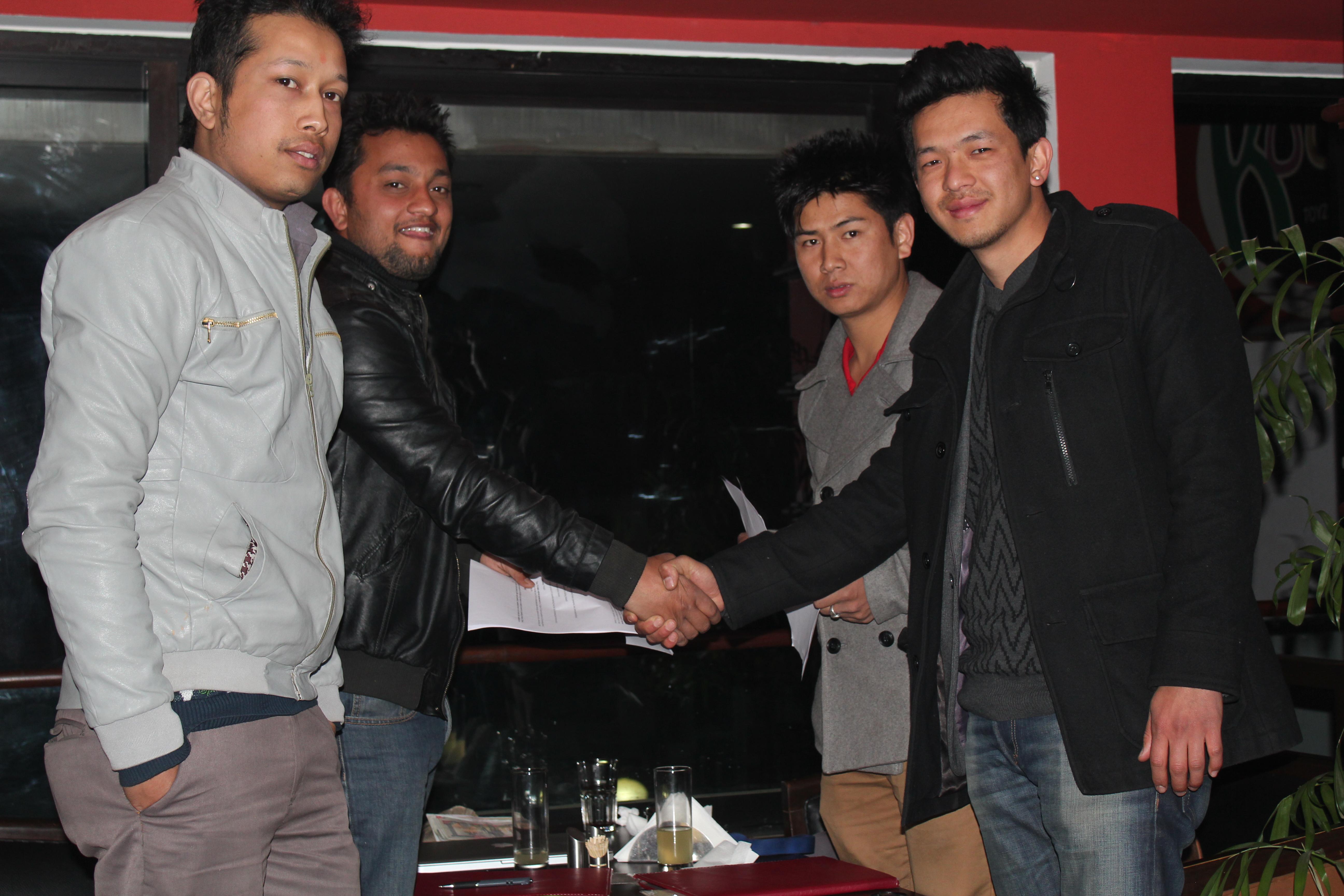 Smashing Apple Pvt Ltd team with Naving Gurung of HAV (UK)