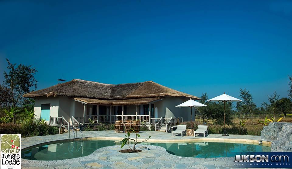 Barahi-Jungle-Lodge-VIP-Villa