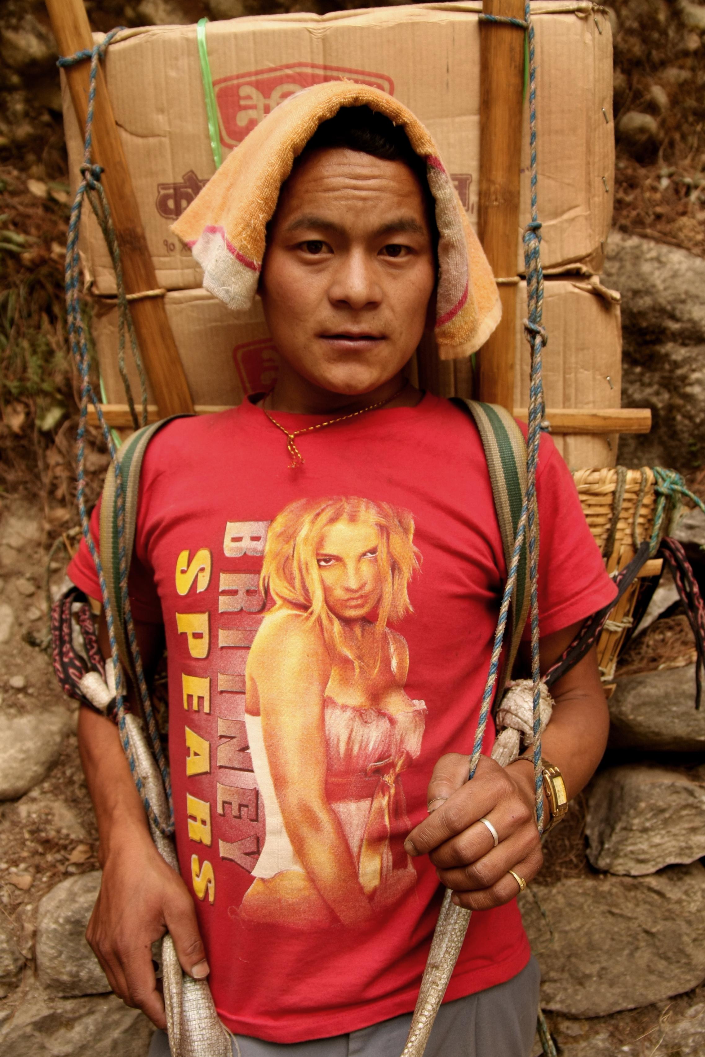 'Porters of Modern Nepal' Photo: Jordan Bower