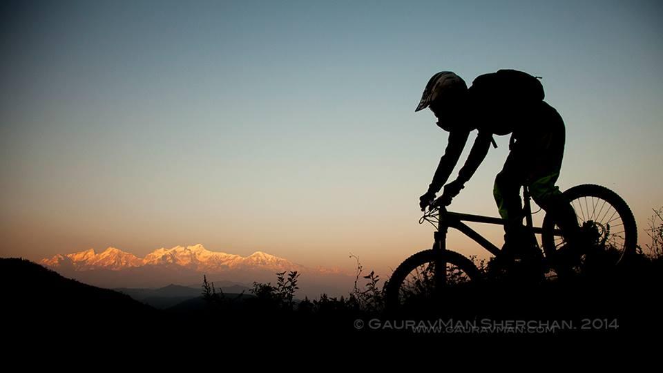Chris-Keeling-Mountain-Biker