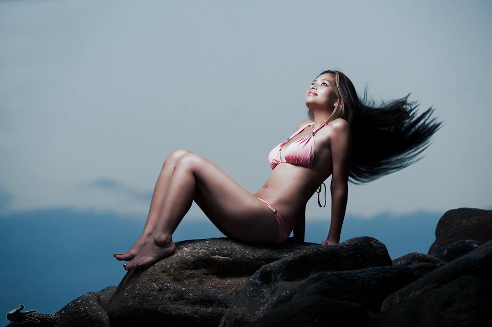 Dhuwani-Item-Girl-Archana-2