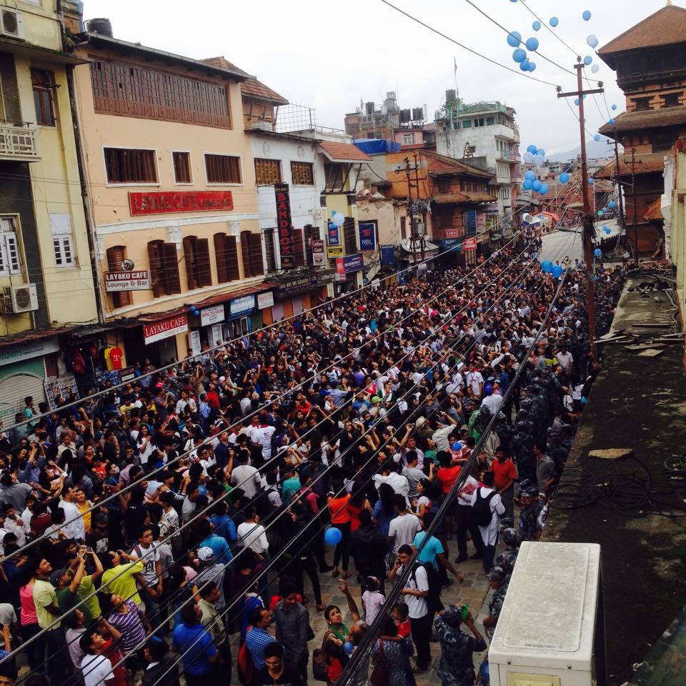 Earthquake-Balloons-Annapurna-Post-Nepal