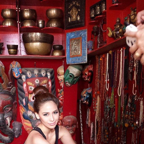 Empress Schuck Nepal Visit 1