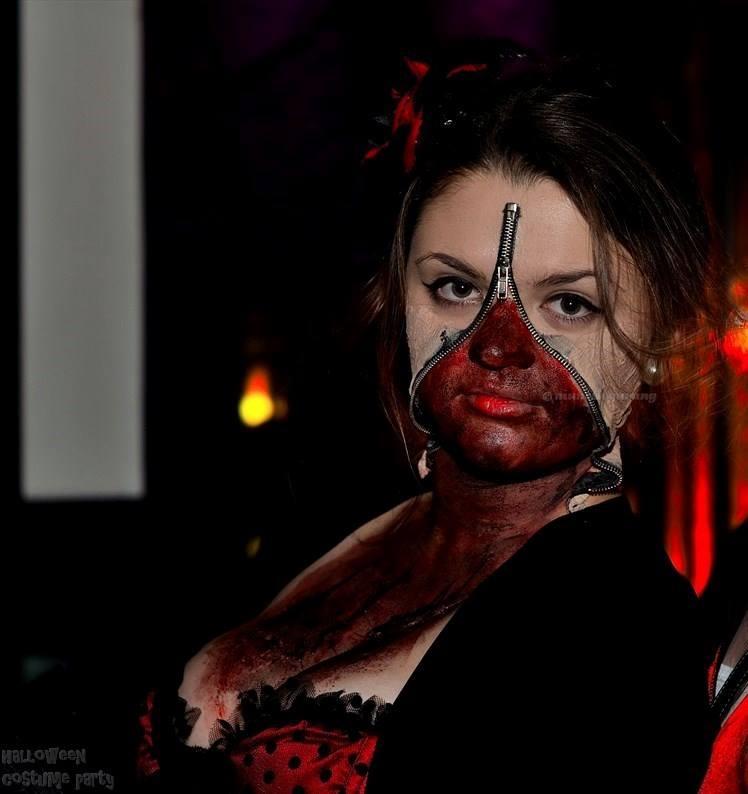 Halloween-Costume-977-4