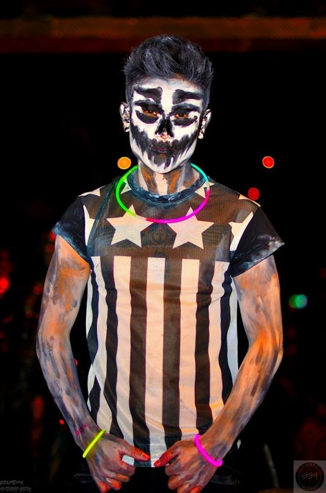 Halloween-Costume-977