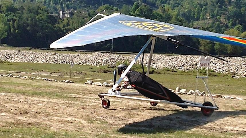 Hang gliding Nepal 4