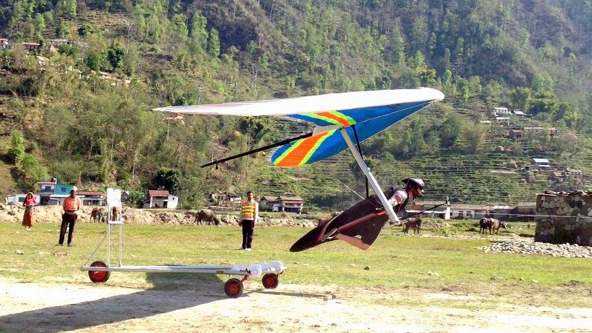 Hang gliding Nepal 6