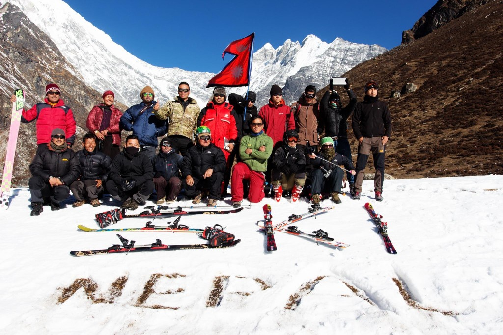 Himalayan-Skiing-Nepal (10)