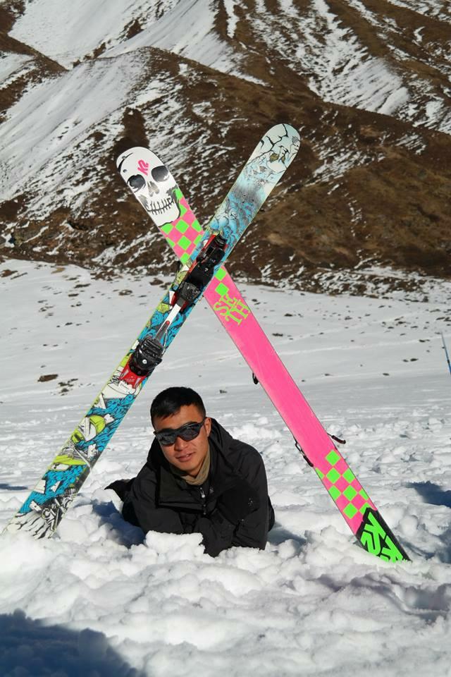 Himalayan-Skiing-Nepal (3)