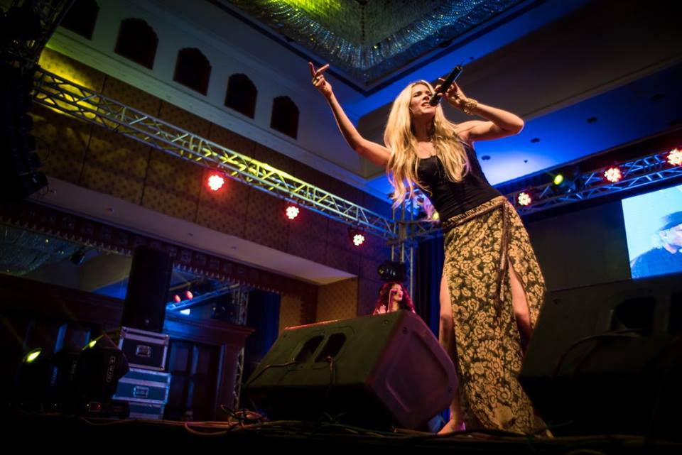 Joss-Stone-Kathmandu-Tour-2016