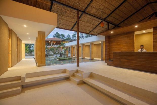 Kasara-Resort-Nepal-Lobby