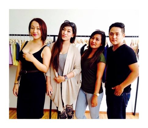 MFashionista's Calvin Gurung with friends.