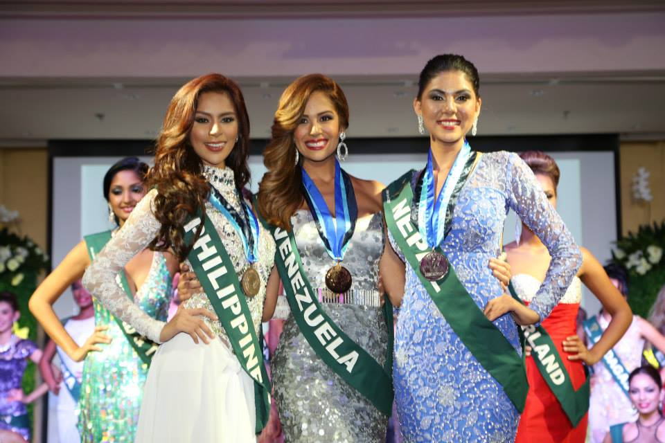 Winners of the preliminary evening gown round at Miss Earth