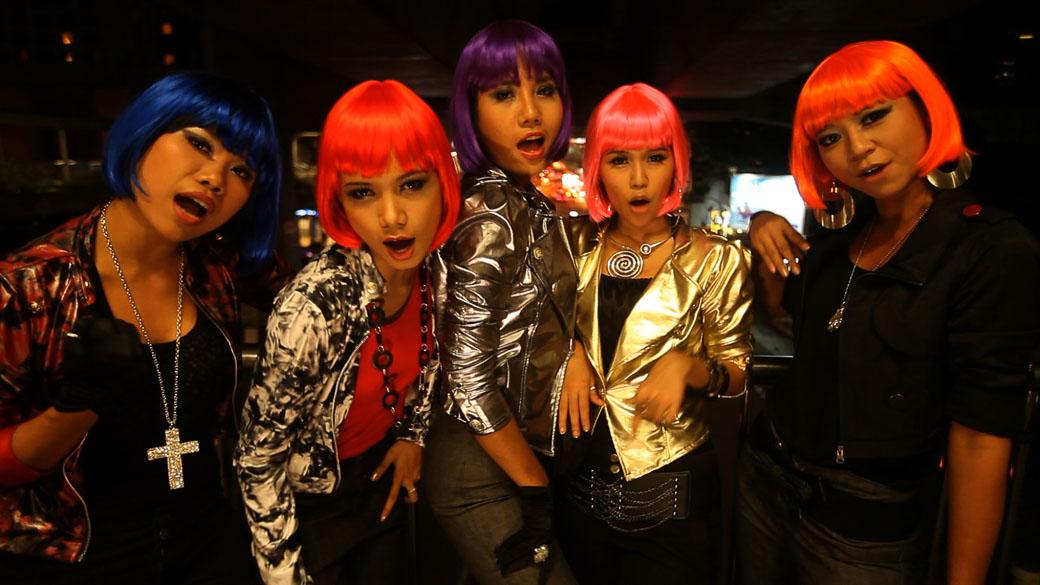 Miss Nikki and the Tiger Girls - Juliet Lamont (Burma)