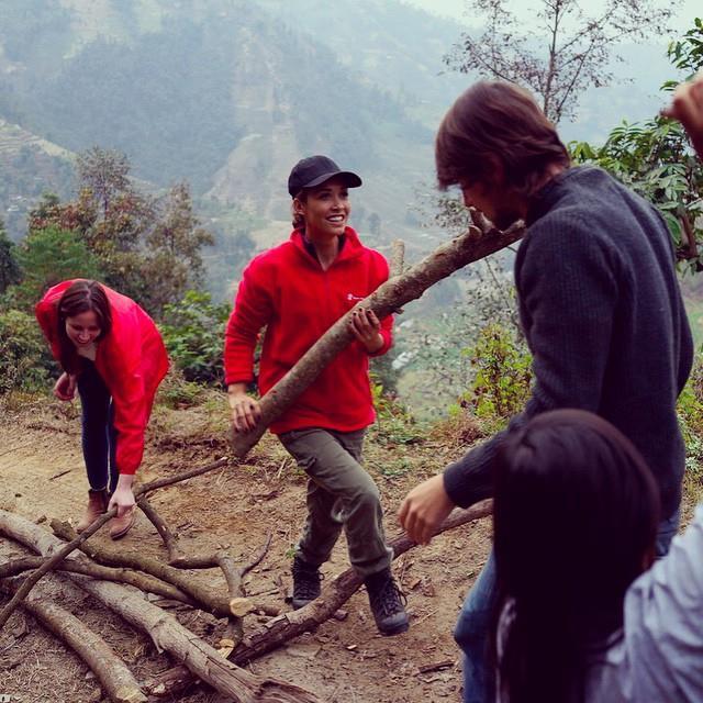 Myleene-Klass-Nuwakot-Nepal-3