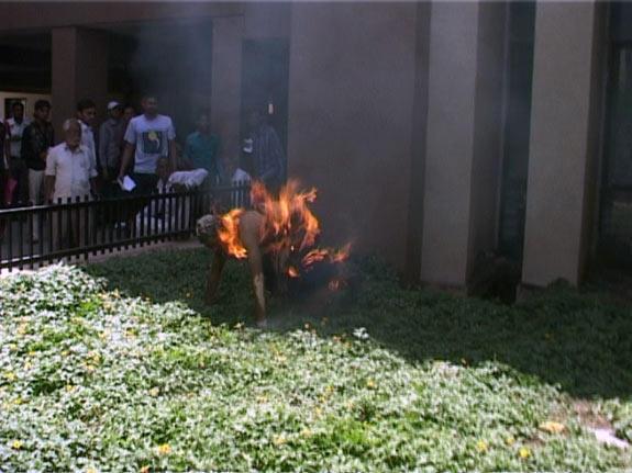 Nepali Self Immolates India