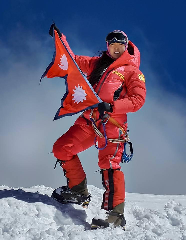 Pasang-Lhamu-Sherpa-Akita-Nat-Geo-Adventurer-2