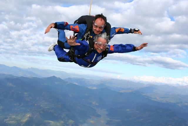 Pokhara-Skydive-Nepal-4