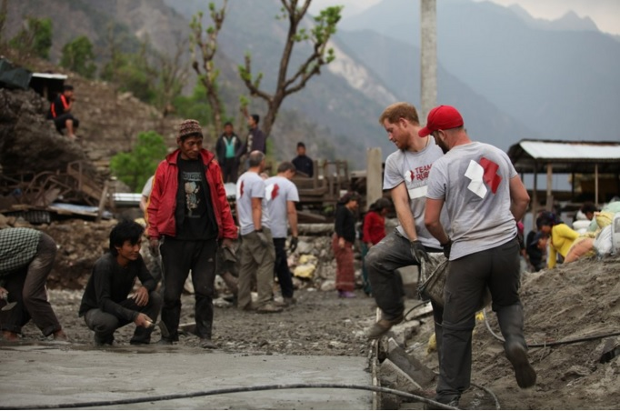 Prince-Harry-Earthquake-Nepal