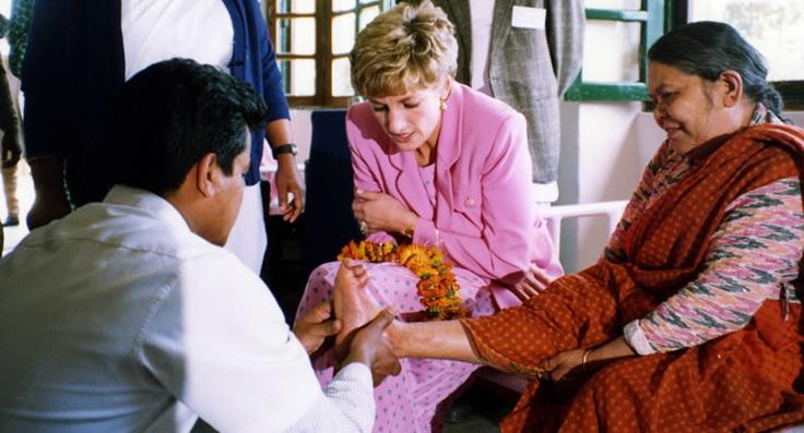 Princess-Diana-Nepal-Leprosy