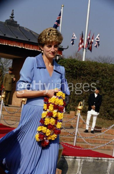 Princess-Diana-in-Nepal-3