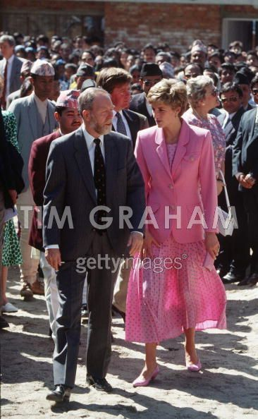 Princess-Diana-in-Nepal
