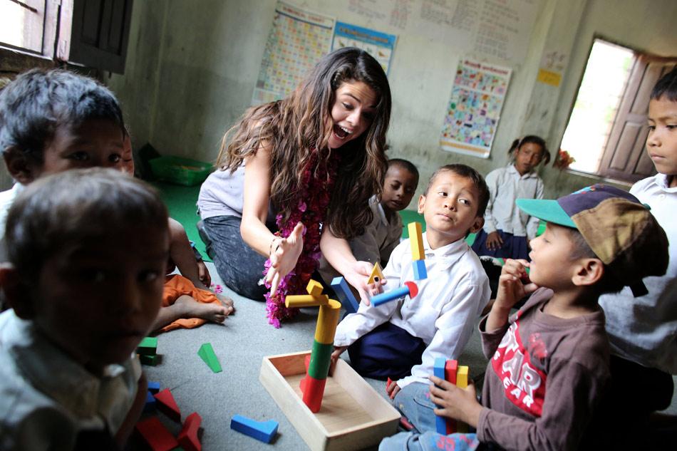 Selena-Gomez-UNICEF-Nepal-9