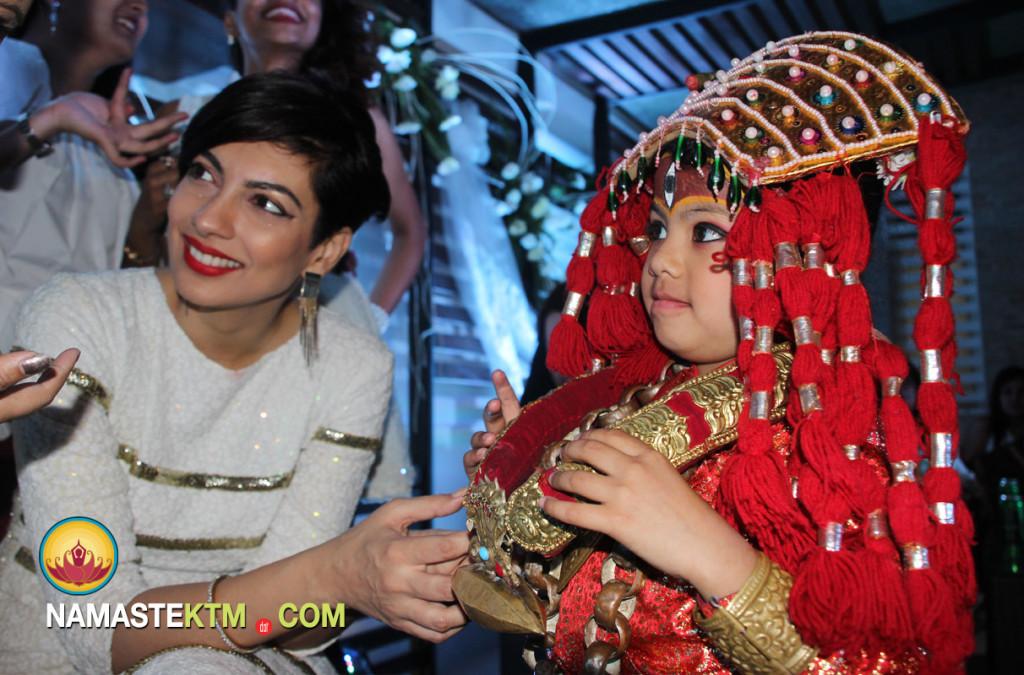 Yukta Mookhey being greeted - Nepali style!