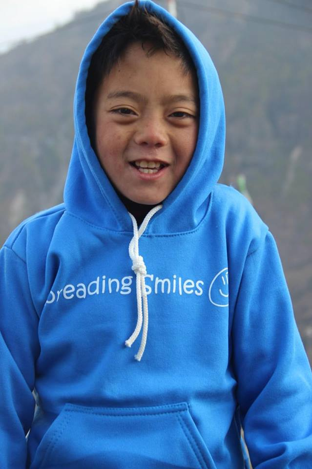 Spreading-Smiles-Dhunche-2