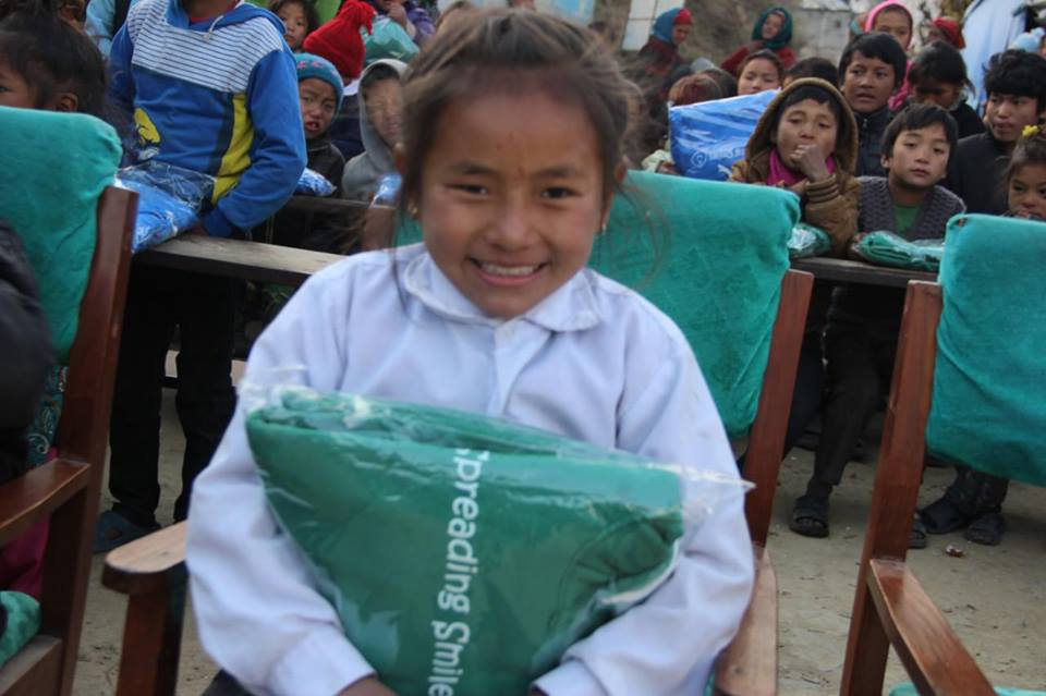 Spreading-Smiles-Dhunche-4