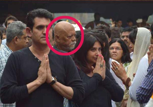 Sunil Thapa at Dr Ashok Chopra's funeral