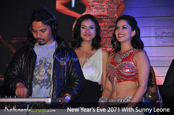 Sisters from another mister? Nisha and Sunny! Photo: KathmanduCraze.com