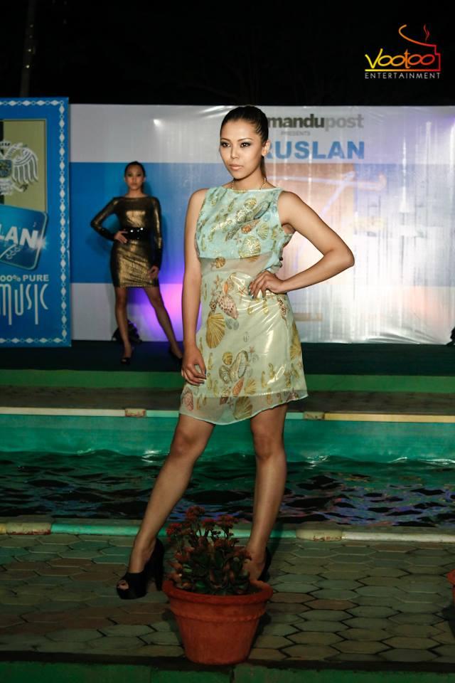 Siwangi looking nice - wearable.