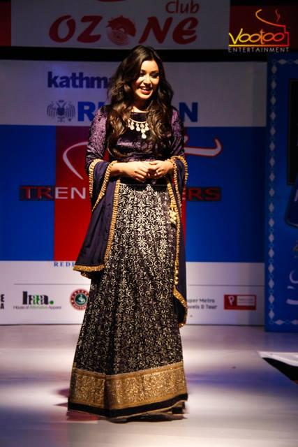 Malina Joshi, looking regal!